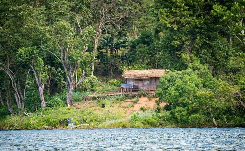 Cuba - Hanabanilla Reservoir - AdobeStock_199107518.jpeg