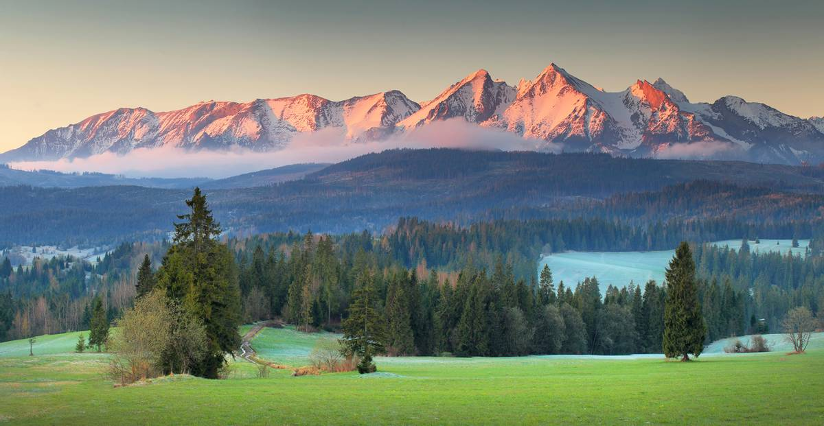 Tatra-Mountains,-Slovakia-shutterstock_1081325702.png