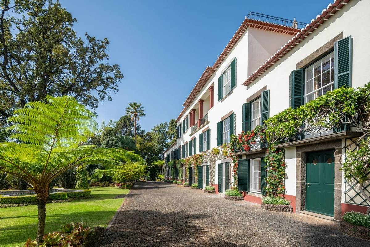 Portugal - Gardens of Madeira - Alberto Reynolds  - 6. THE 1750 OLD MANOR HOUSE @ JARDINS DO LAGO 2019_.jpg