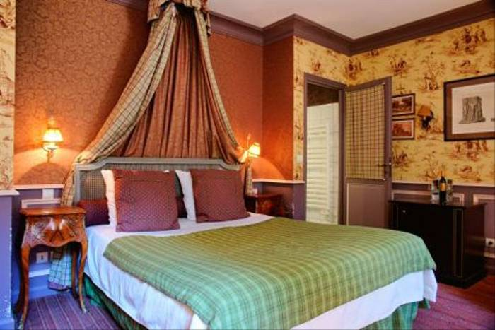 One of the bedrooms of our hotel in Provence for the last two nights