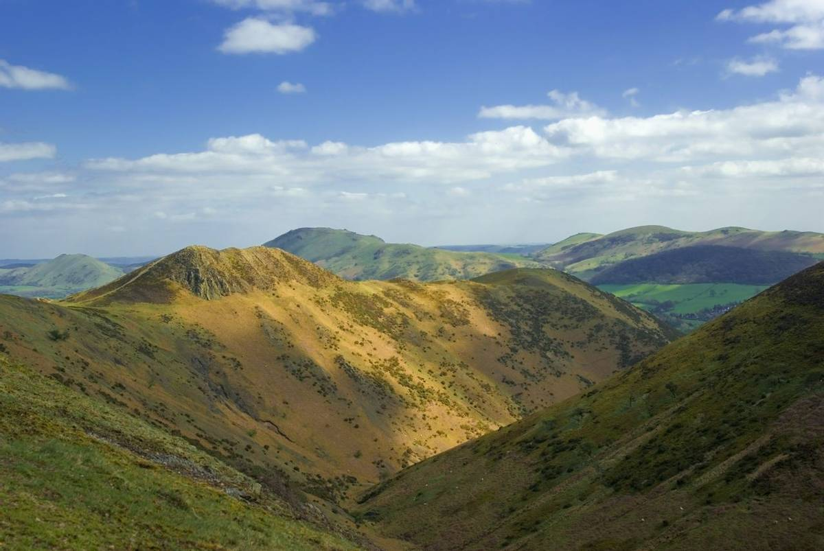 Shropshire_Long_Mynd_AdobeStock_377911114.jpeg