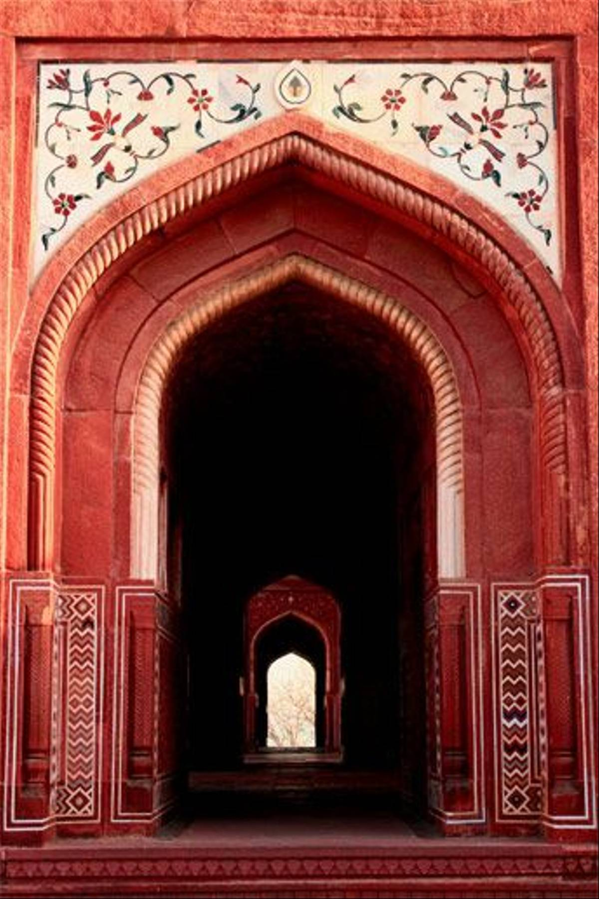 Doorway at Taj Mahal Mosque (Bret Charman)
