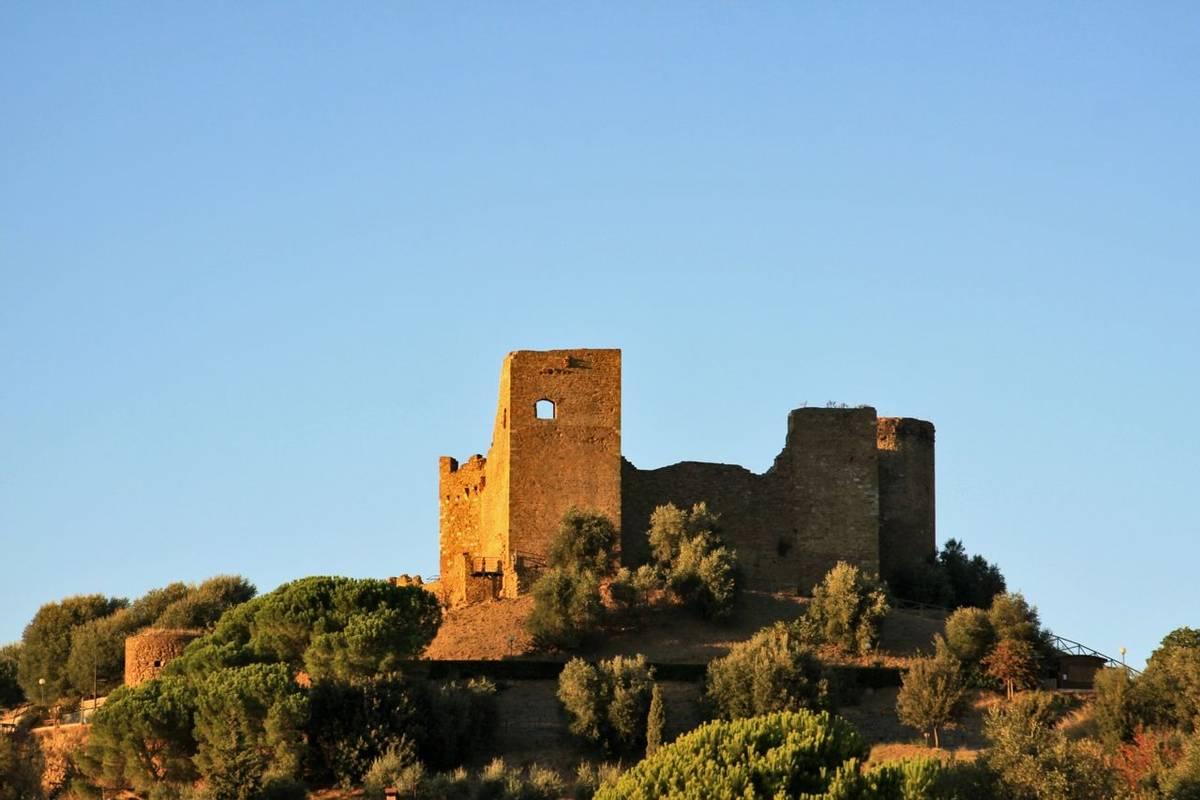 Italy - Tuscany - San Quirico  - AdobeStock_39454989.jpeg