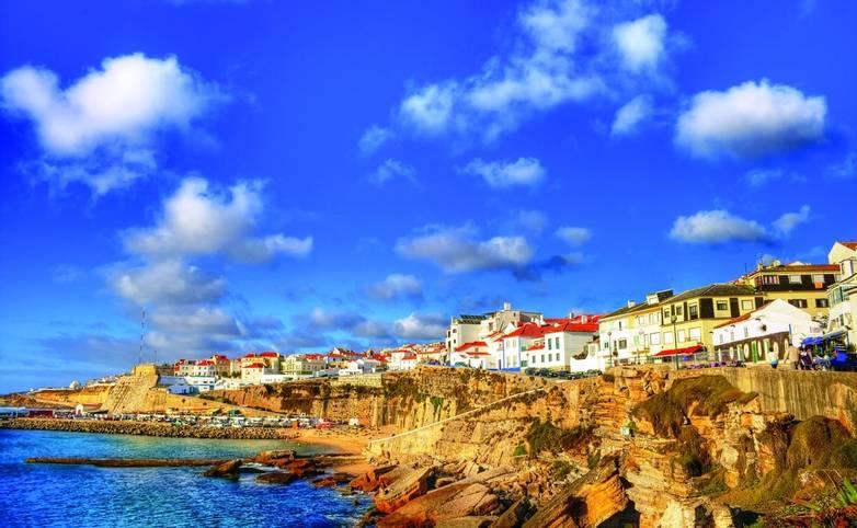 Portugal-Ericeira-shutterstock_48046207.jpg