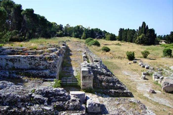 Syracusa Archaeological Park (Stuart Elsom)