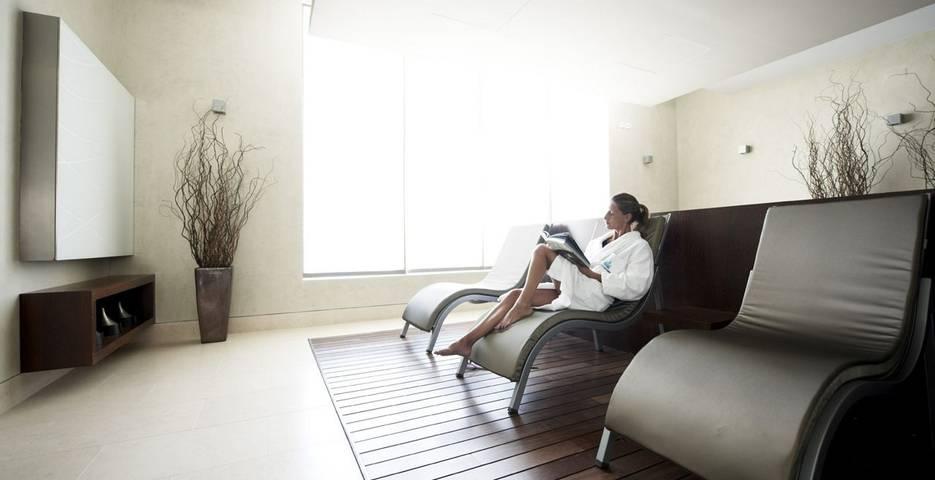 Spa lounge at Hotel Palacio Estoril
