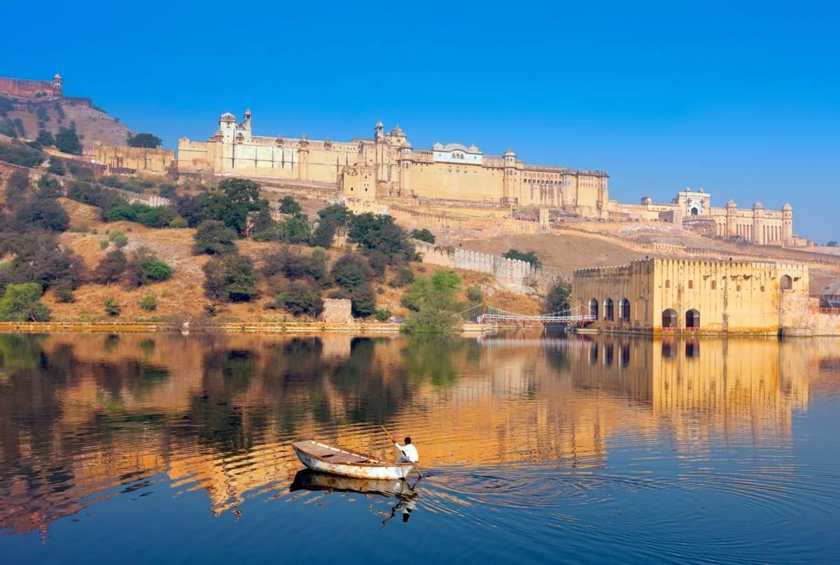 Maota Lake and Amber Fort, Jaipur