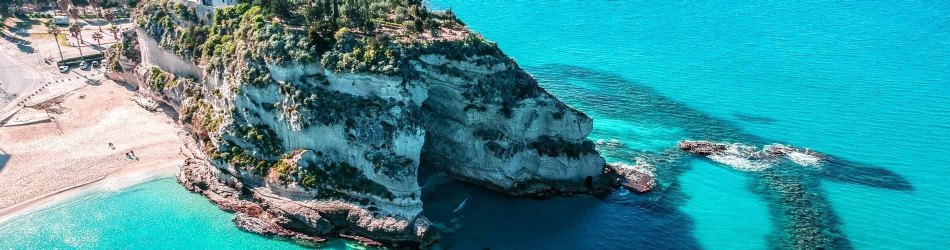 Calabria Tropea beach.jpg