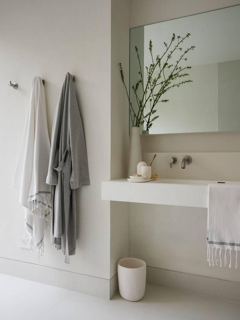shou-sugi-ban-house-gueststudio-bathroom.jpeg