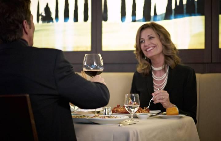 oClass-Toscana-Dining.jpg