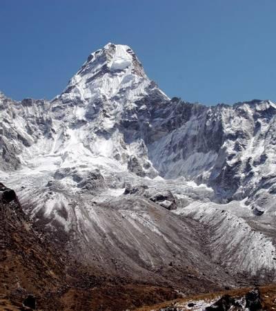 Mount Ama Dablam (6,812m)