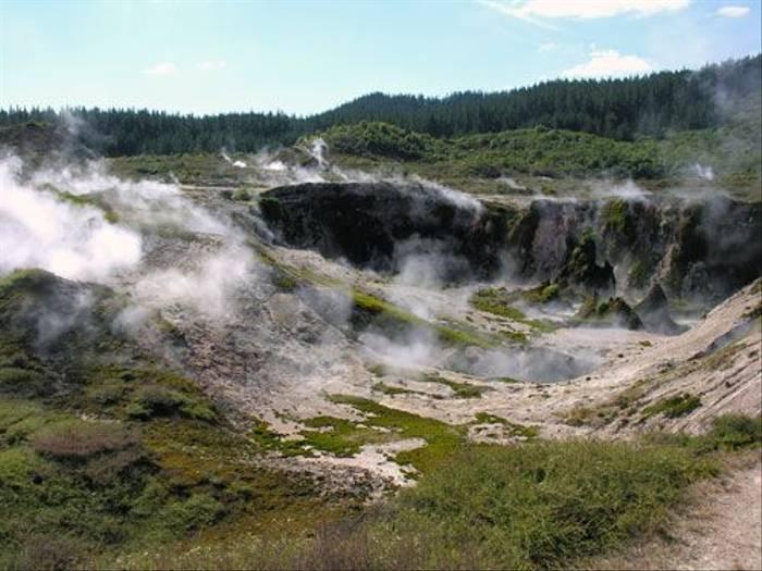 Taupo Craters (Steve Wakeham)