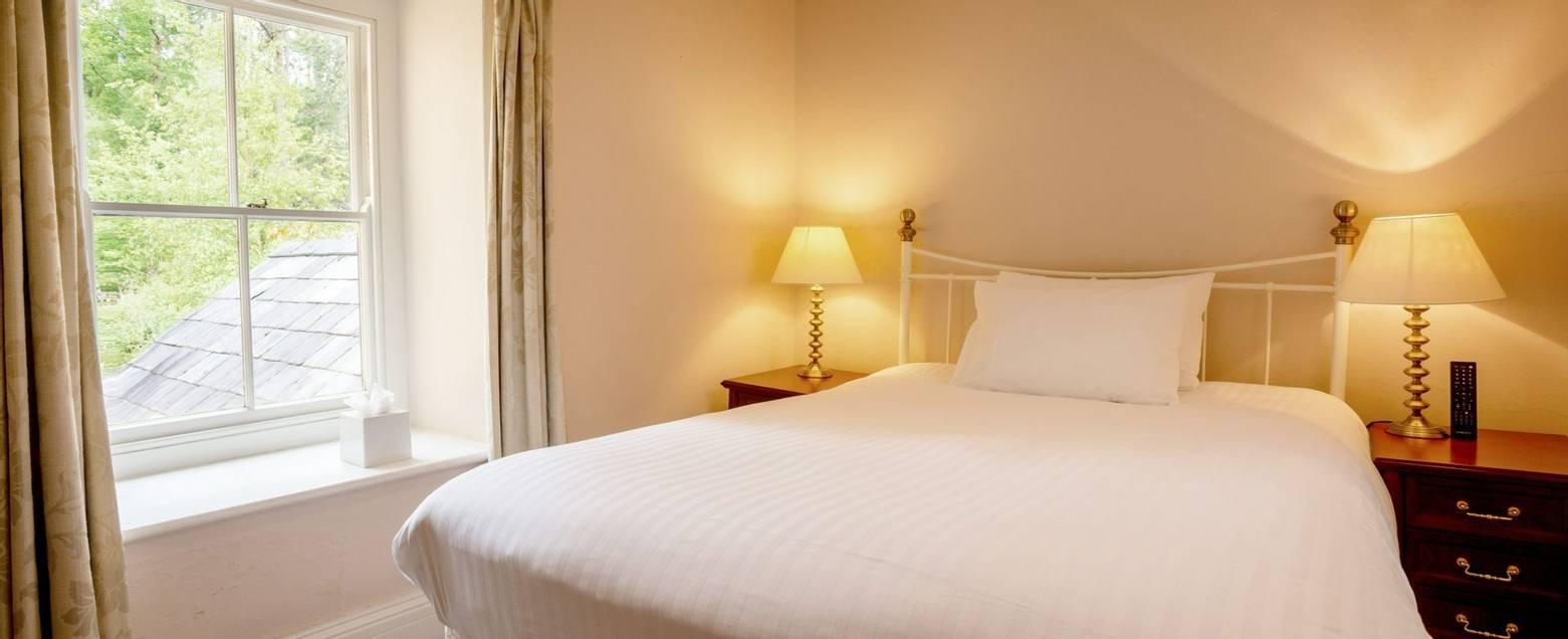 10690_0058 - Craflwyn Hall - Room 4