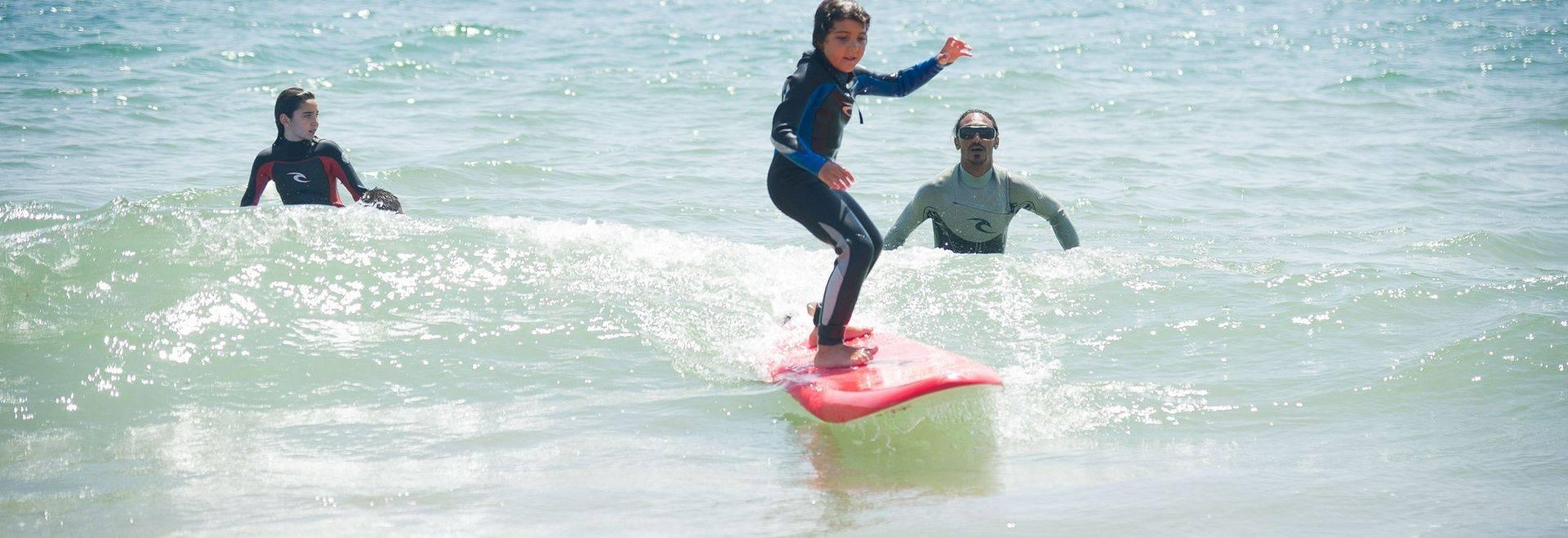 Paradis-Plage-kid-surfing.jpg