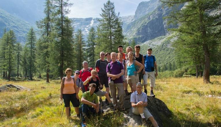 Group In Val Genova    Val Collins TL