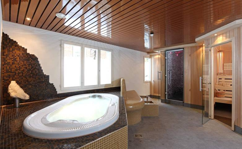 Switzerland - Bernese Oberland - Hotel Steinmattli - Hotel Provided - Facilities - wellness_sauna01 - Kopie.JPG