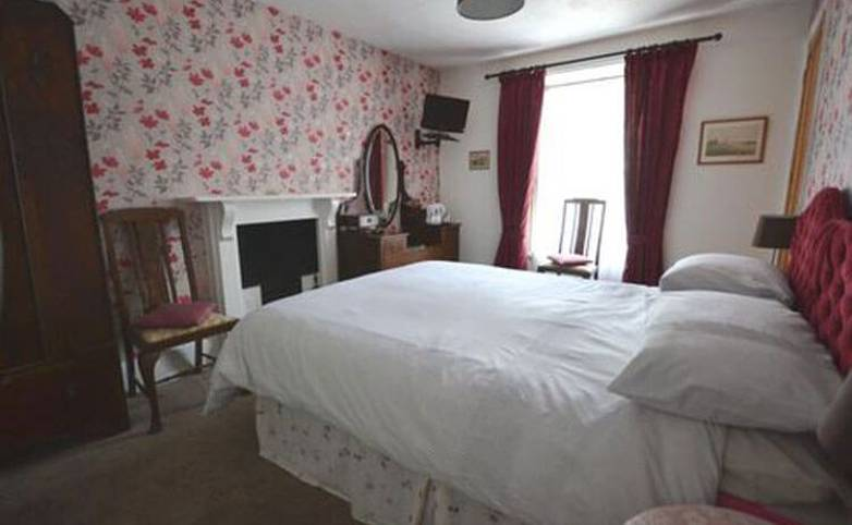 Pembrokeshire Coast Path - Y Glennydd Hotel Bedroom, St Davids, Hotel website.jpg