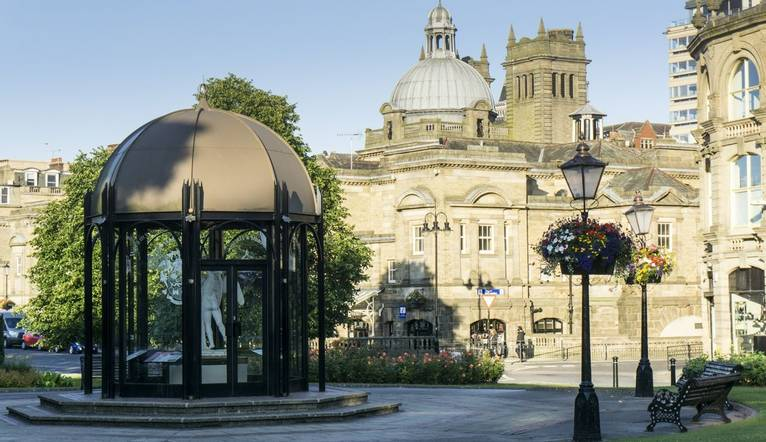 The pavilion in Crescent Gardens looking towards The Royal Baths in Harrogate, North Yorkshire, England.Harrogate is a popul…