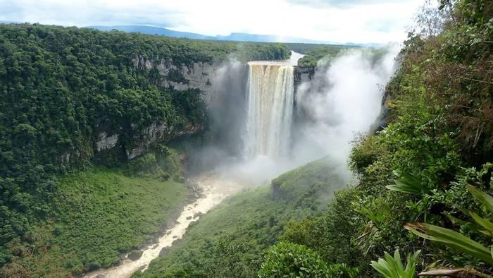 Kaieteur Falls, Guyana shutterstock_1326290159.jpg