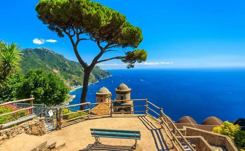 Ornamental suspended garden,Rufolo gardens,Ravello,Amalfi coast,Italy,Europe