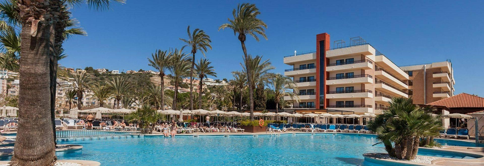 piscinas---zafiro-rey-don-jaime--1-847.jpg