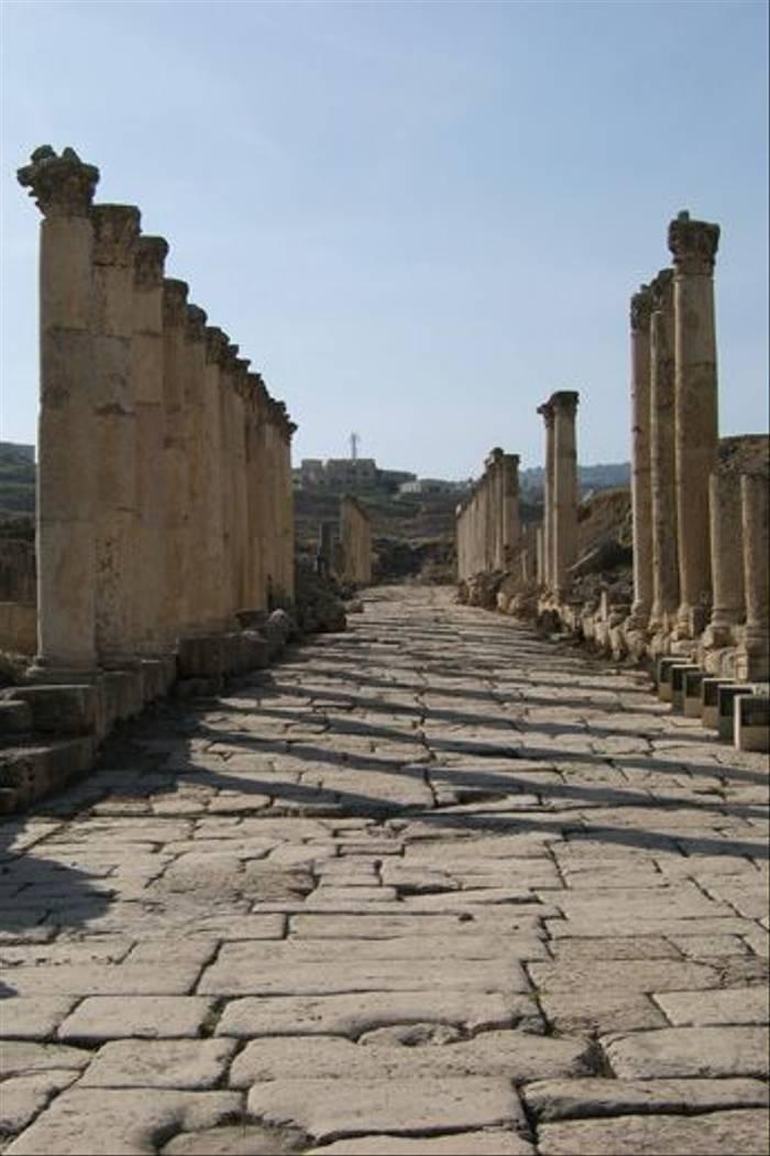 Roman Ruins at Jarash (Geoff Carr)