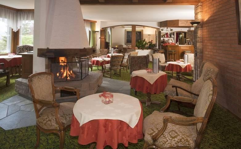 Switzerland - Adelboden - Waldhaus-Huldi Hotel -Hotel Lobby.tif