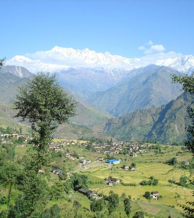 View from Dharapani village at 1,400m