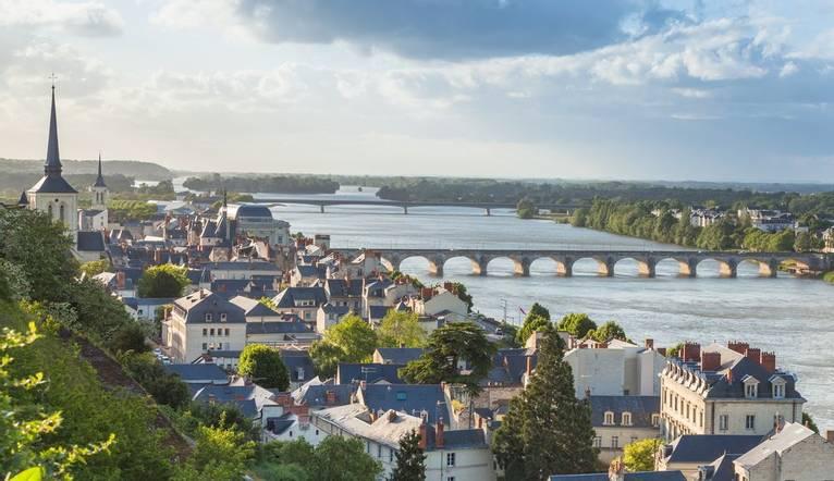 Shutterstock 245958451 Village Along The Loire