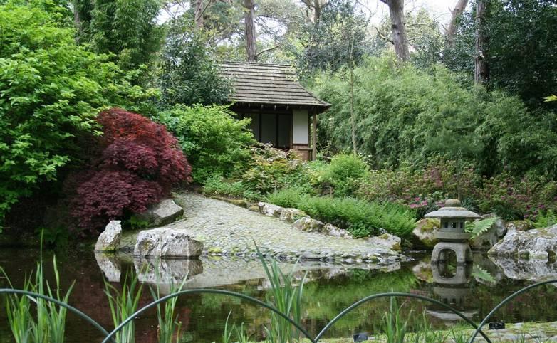 Cornwall -  Great Gardens of Cornwall - Pinetum Gardens - Japanese Garden.JPG