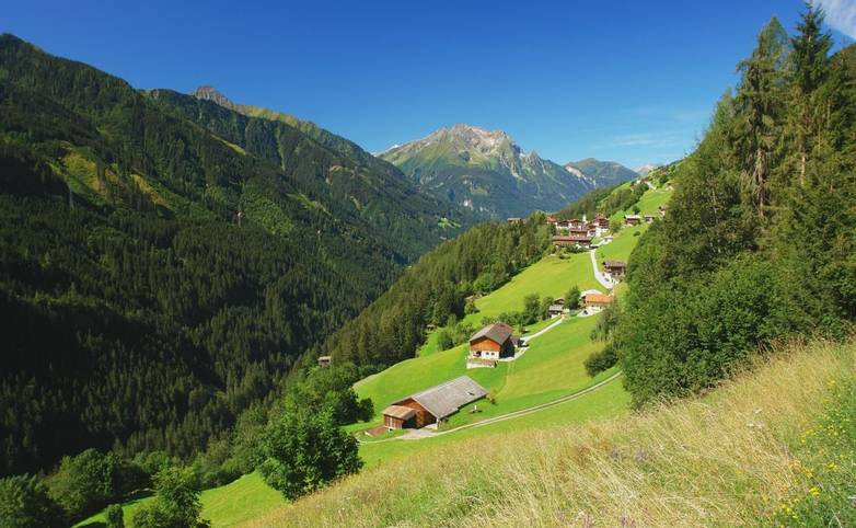 Austria - Mayrhofen - AdobeStock_65440036.jpeg