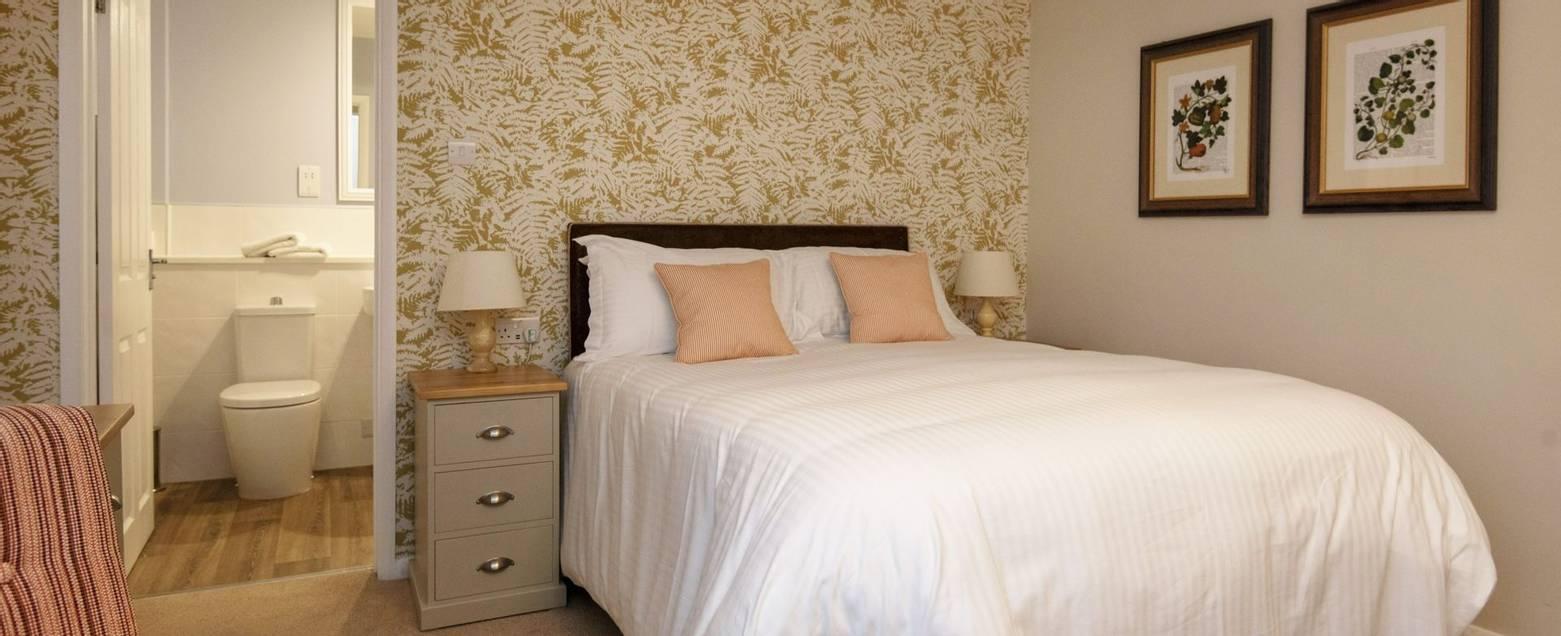 10688_0206 - Abingworth Hall - Room 3