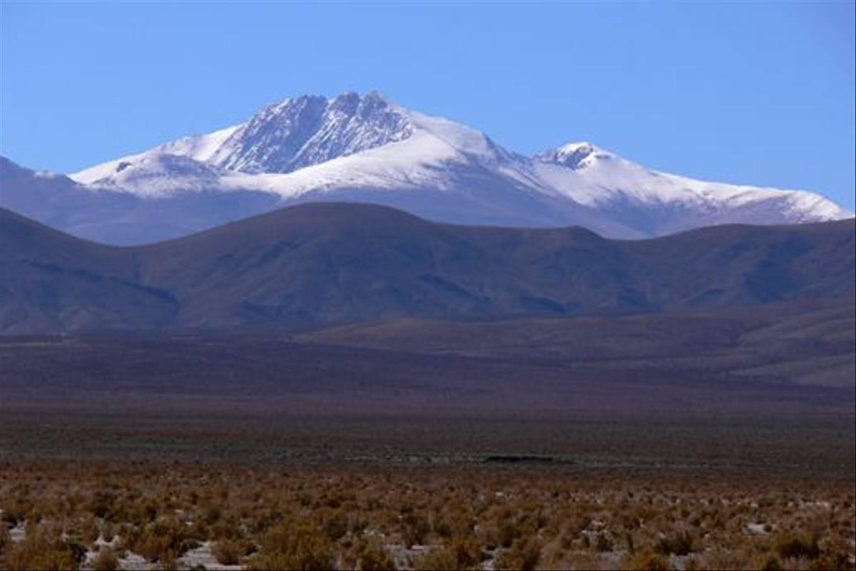 Mountain snow (John Caddick)