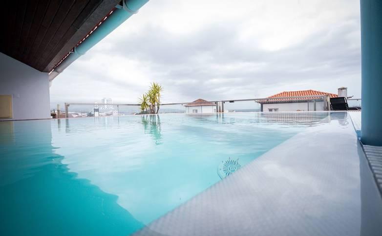 Portugal - Azores - Hotel Talisman, - Hotel Talisman piscina 3.jpg