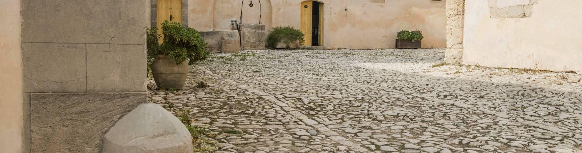 Villa Alfredo, Sicily, Italy (3).JPG