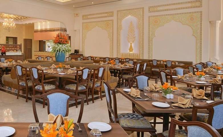 Rajasthan - Indana Palace, Jaipur - Coffee Shop.jpg