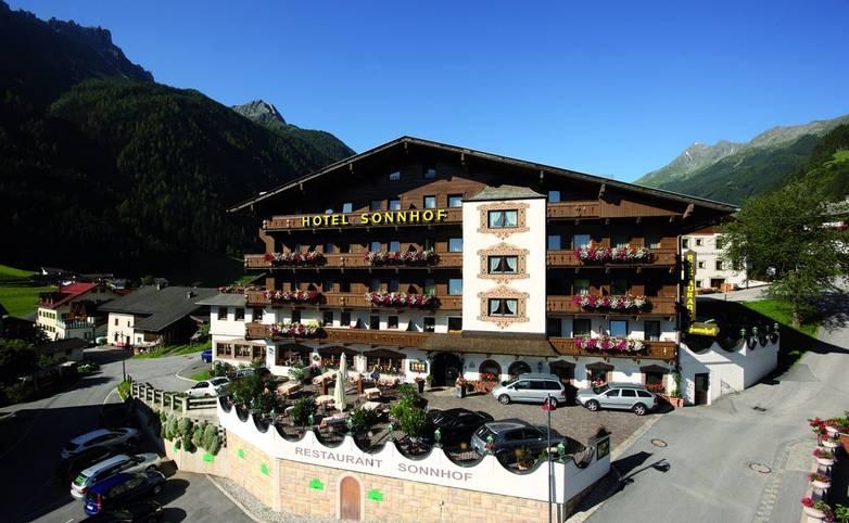 Austria - Neustift - Stubai Alps - Hotel Sonnhof - Exterior - Homepage Bilder 125.jpg