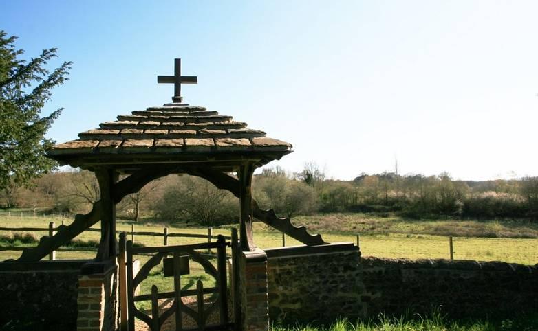Wiggonholt_Parish_Church_Lytch_Gate_Pulborough_Brooks.JPG