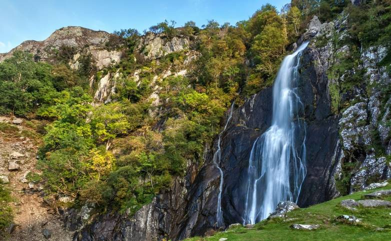 Snowdonia Way - Guided Trail - Aber Falls - AdobeStock_109968238