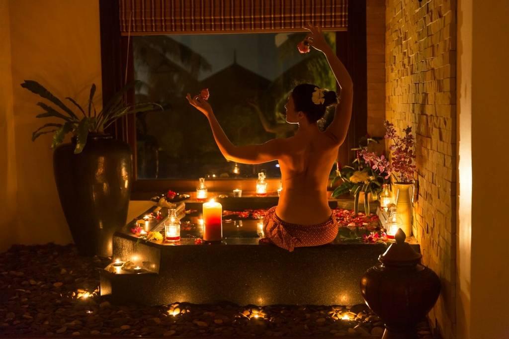 Ayurveda treatment at Ananda in the Himalayas