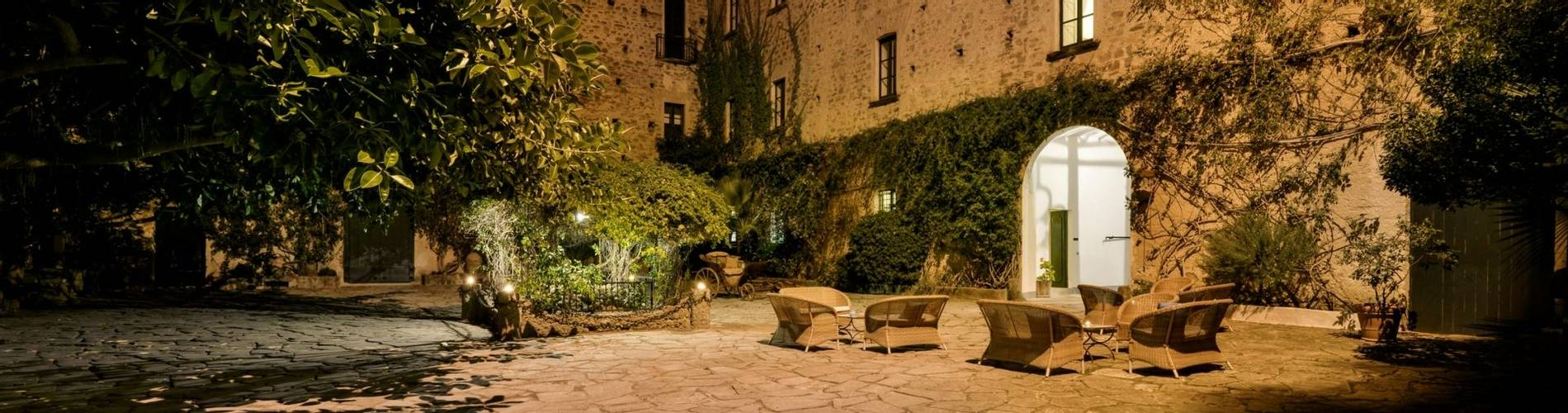 Palazzo Belmonte 3.jpg