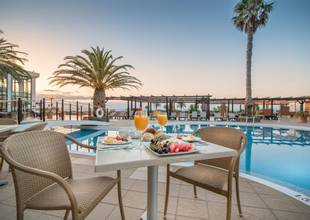Galo-Resort-poolside-dining.jpg