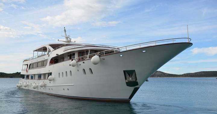 Trogir - Disembark MS Avantura and Fly Home