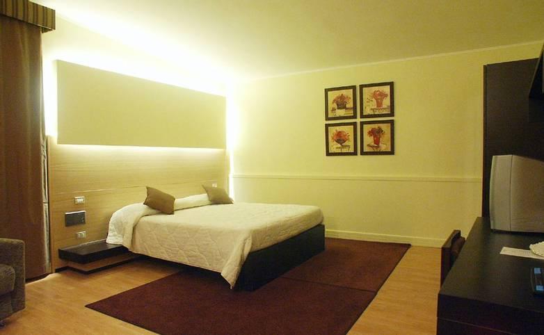 HOTEL SAN NICOLA - PUGLIA - DCF 1.0