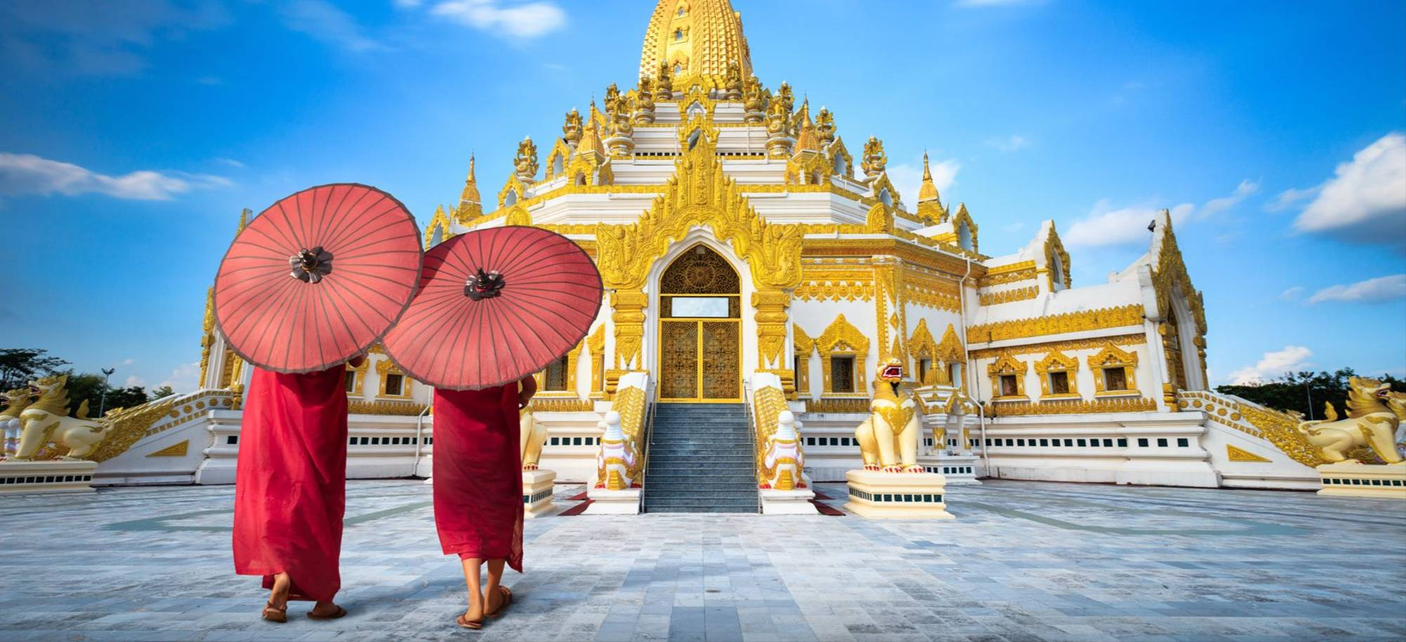 Yangon1   Monks   Itinerary Desktop