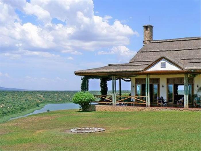 Mweya Lodge (Tom McJannet)