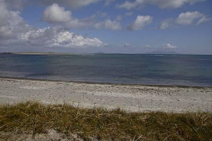 A Uist beach (Derek Mills)