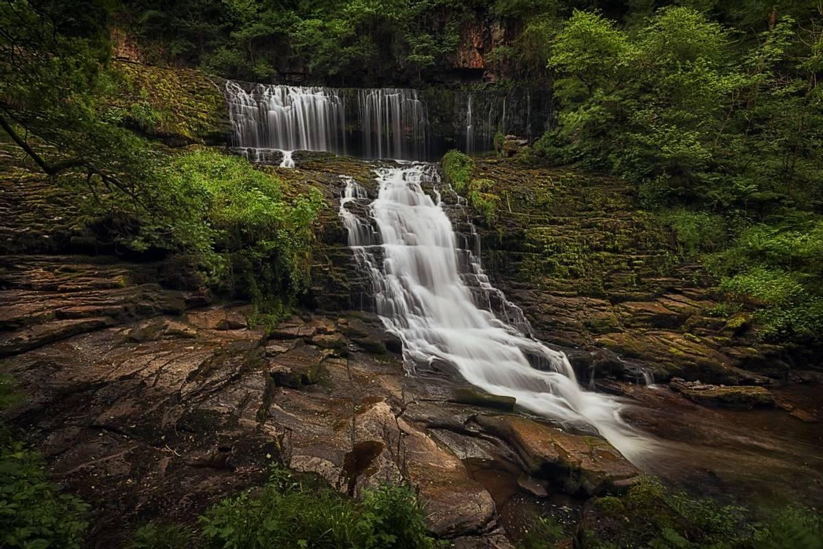 Brecon - Sgwd Clun Gwyn Waterfall - AdobeStock_209587844.jpeg