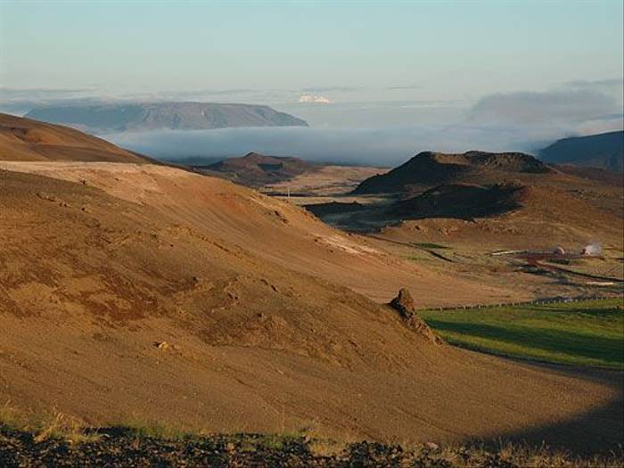 Volcanic landscape (Paul Stanbury)