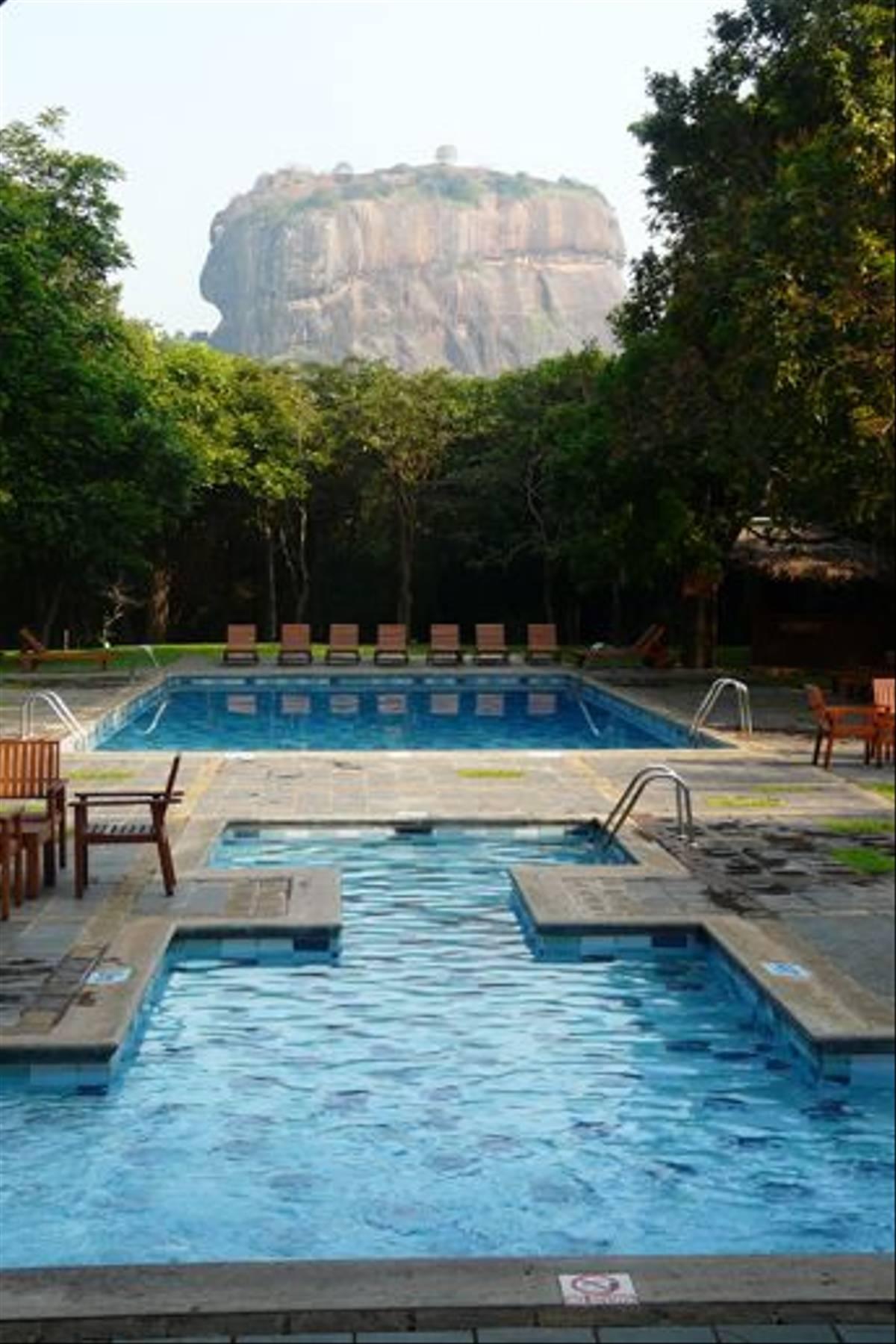 Hotel Sigiriya (Rajan Jolly)